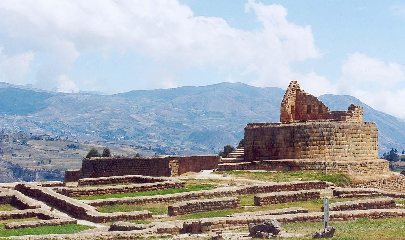 Ecuador_ingapirca_inca_ruins